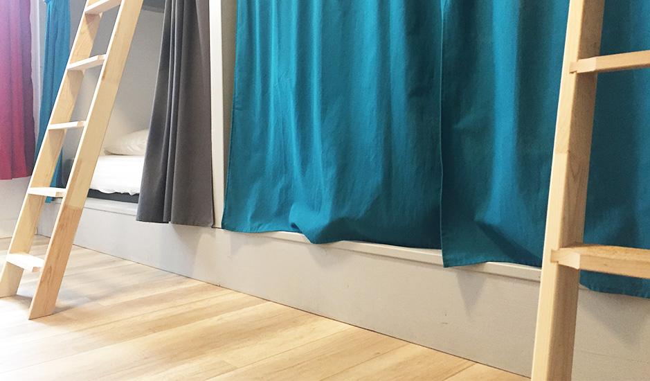 dortoir 4 places lits superpos s makila. Black Bedroom Furniture Sets. Home Design Ideas